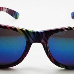 5211a635e753 Wayfarer solbriller med tiger mønster i flotte farver og spejlglas. Engros  her